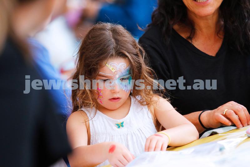 9-12-18. Festibayit. Annual Israeli chanukah festival at Beth Werizmann. Making stuff at the crafts table. Photo: Peter Haskin