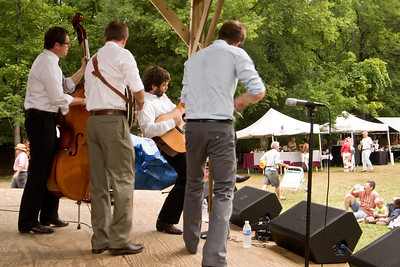 2008 Eno Festival-1602.jpg   Chatham County Line performing at the 2008 Festival for the Eno