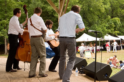2008 Eno Festival-1601.jpg   Chatham County Line performing at the 2008 Festival for the Eno