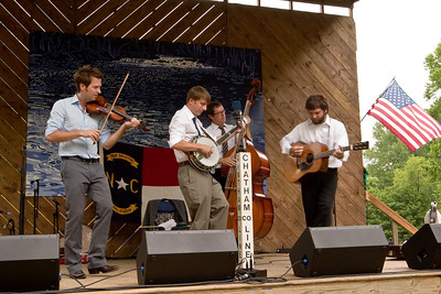2008 Eno Festival-1613.jpg   Chatham County Line performing at the 2008 Festival for the Eno
