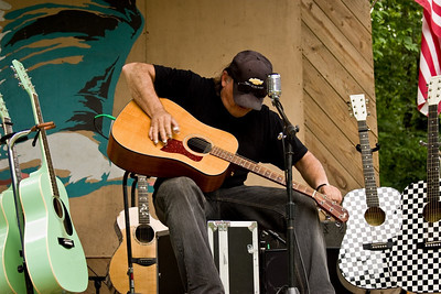 2008 Eno Festival-1693.jpg Eric Sommer