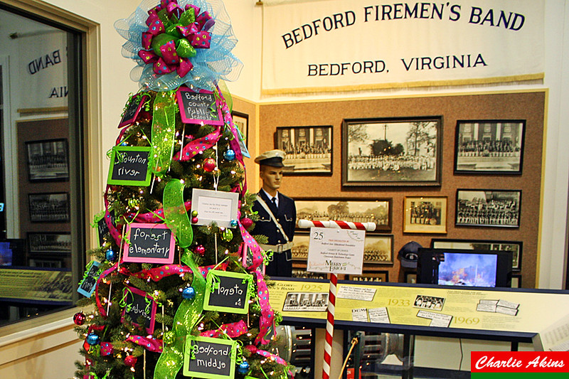 Bedford Area Educational Foundation decorated this tree.