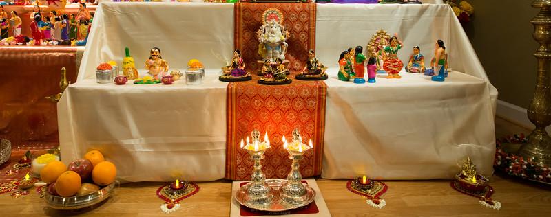 5th Row - Gadothkachan  on left, Ganesha with Kolam women  in the middle, Arangetram set on right