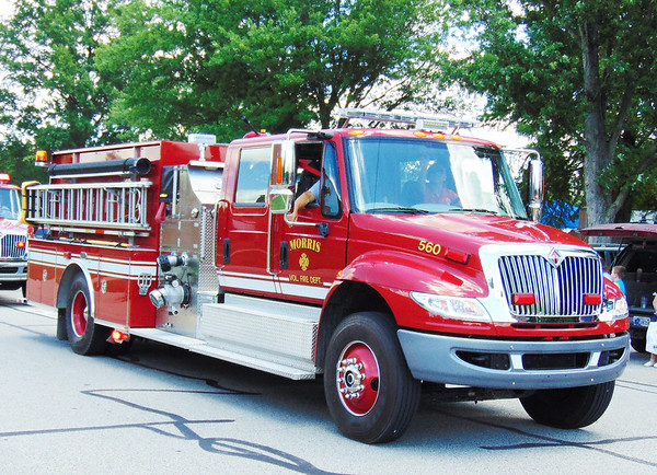 Debbie Blank | The Herald-Tribune<br /> A Morris firetruck was one of many dazzling the crowd.