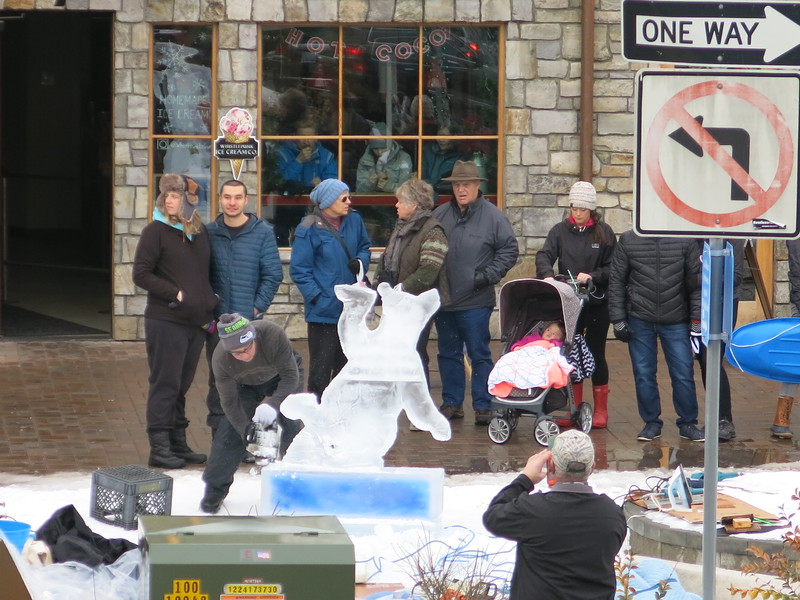 Spectators watching the Ice Cavers at work