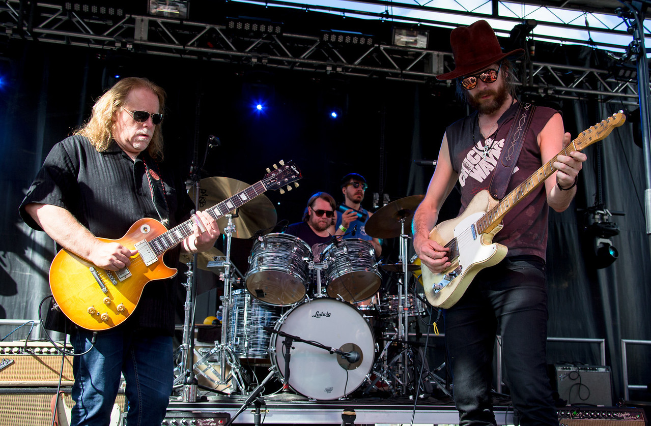 Warren Haynes sits in with Jonathan WIlson during his performance at the Mountain Jam Festivla at Hunter Mountian, Hunter, NY
