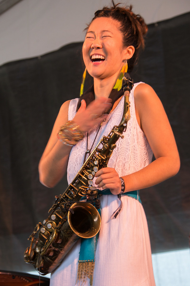 Grace Kelly sits in with the Lee Konitz Quartet