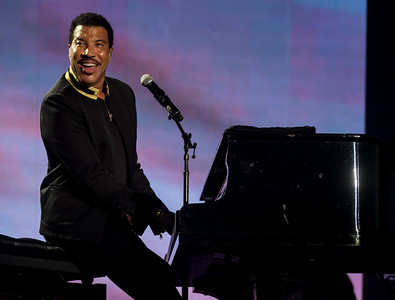 Lionel Richie performs during the Outside Lands Music Festival 2016 in Golden Gate State Park, San Francisco CA.