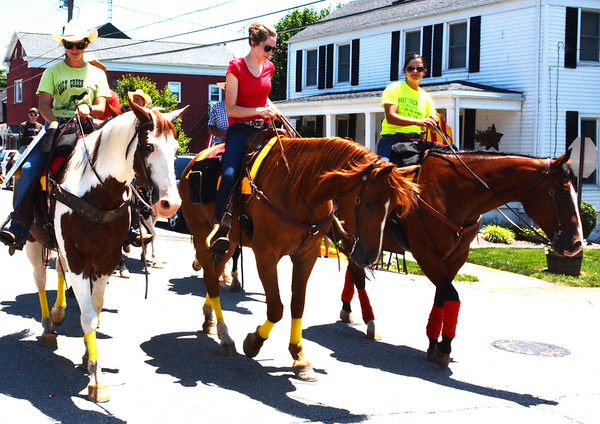 Diane Raver | The Herald-Tribune<br /> Horses and their riders rounded out the parade.