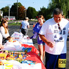 Debbie Blank | The Herald-Tribune<br /> After the race, attendees enjoyed drinks and snacks before the awards ceremony.