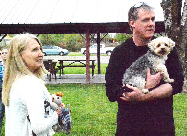 Debbie Blank | The Herald-Tribune<br /> Diane and Matt Tepe, Sunman, enjoy the fest and its perfect breezy weather with Yorkichon Sidney, 6.