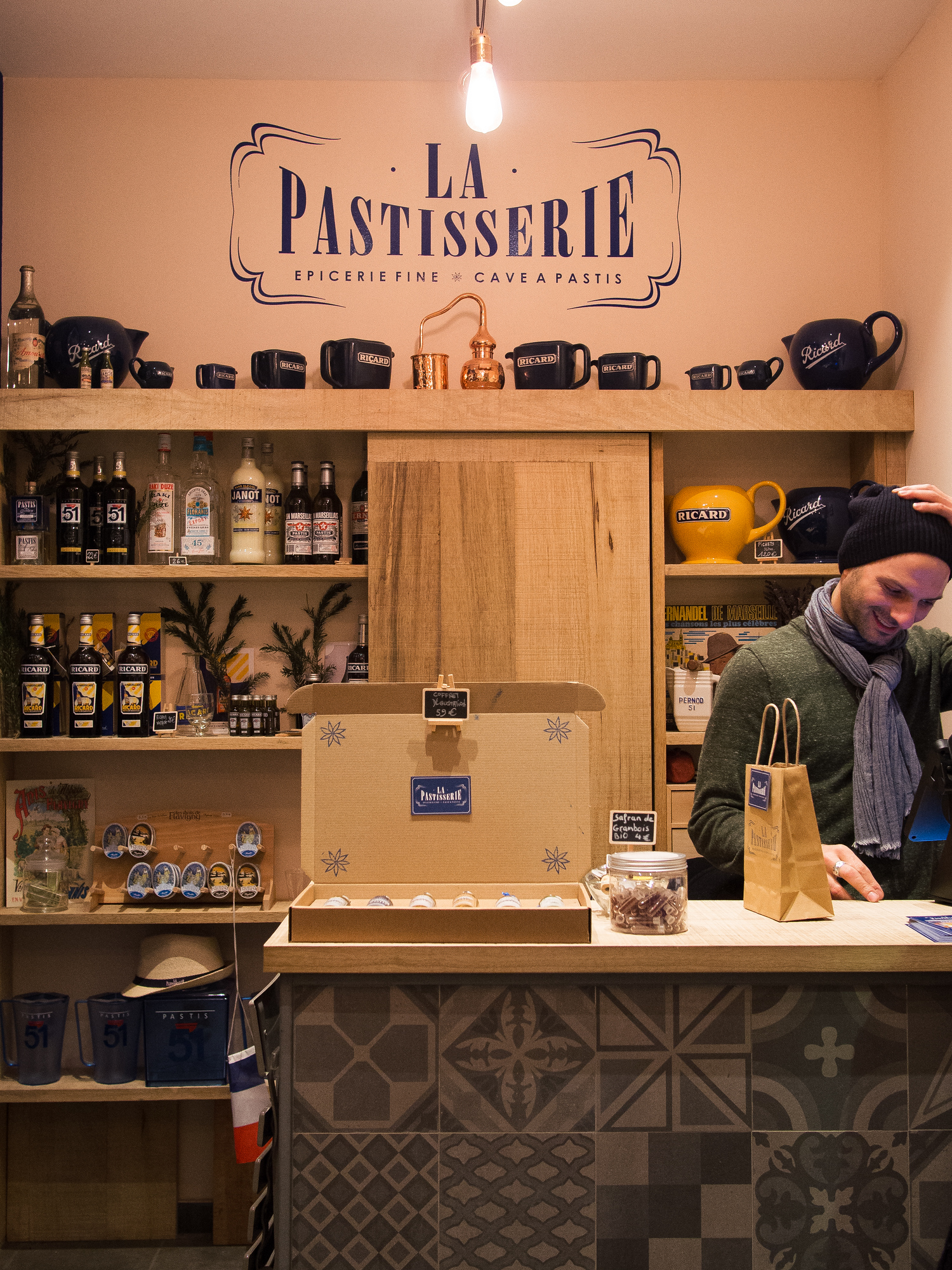 Local pastis is an apertif popular in provence. Check out our top locals' picks on where to eat in Aix en Provence and avoid the tourist traps.