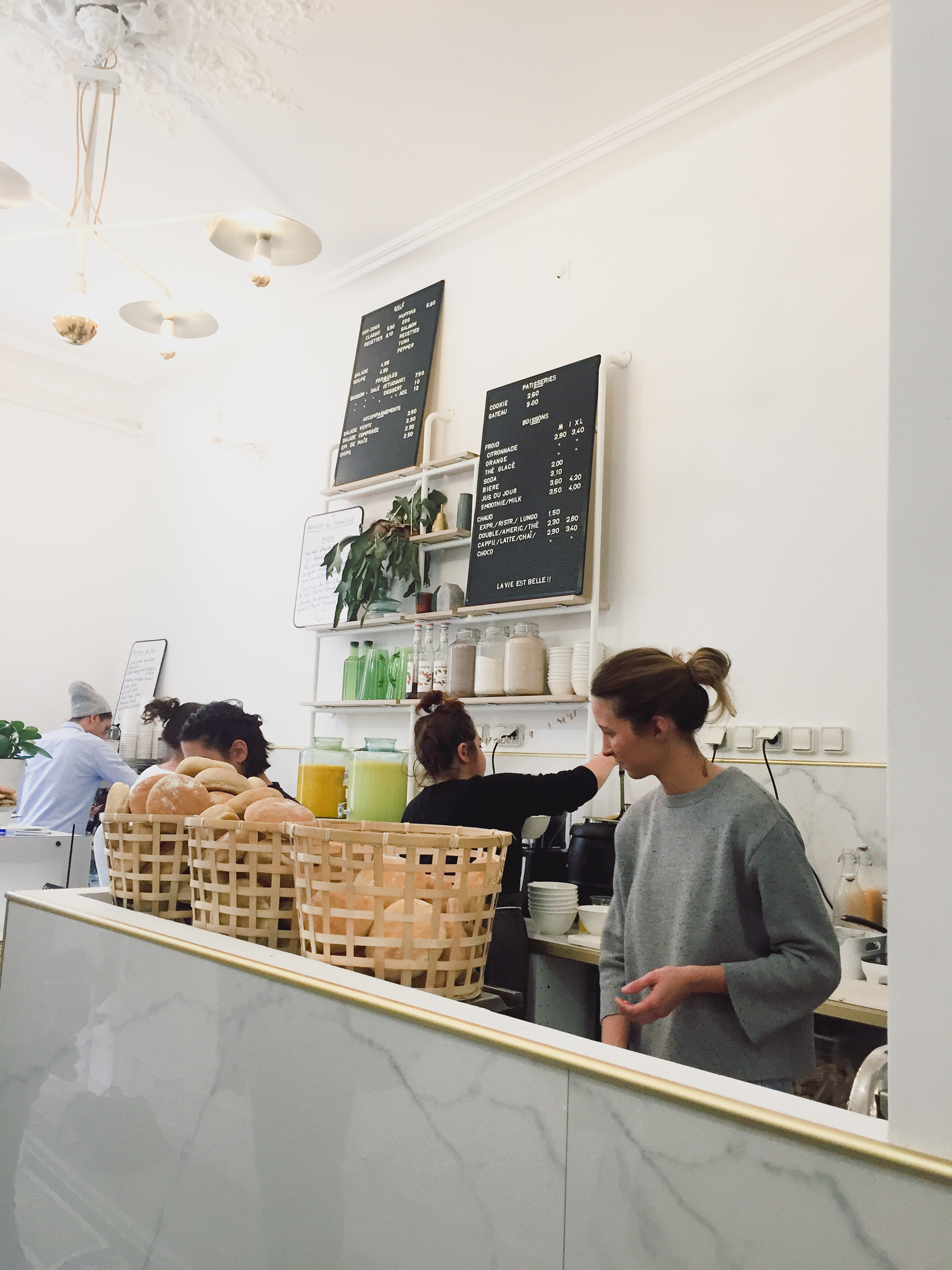 Nosh is one of the best places for brunch in Aix en Provence. Check out our top locals' picks on where to eat in Aix en Provence and avoid the tourist traps.