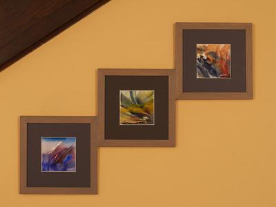 Trois miniatures proposées lors de cette exposition ont trouvé leur place chez Brigitte et Alain
