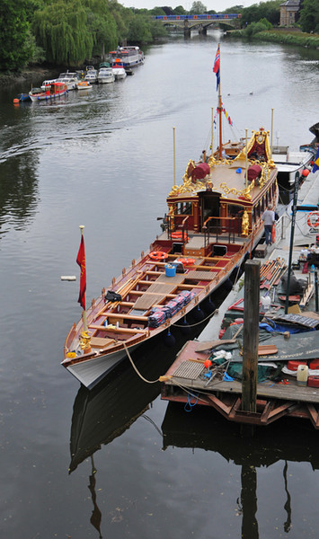 Gloriana in all her glory. The build is very traditional, with the 18 oarsmen at the front. Nikon D300