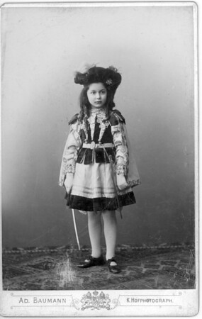 Marta Feuchtwanger as a young child, approx 8 years old, 1899