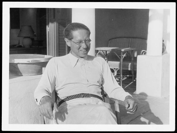 Feuchtwanger sitting outside in Sanary, 1933-1939