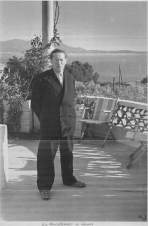 Lion Feuchtwanger on his terrace in Sanary, [s.d.]