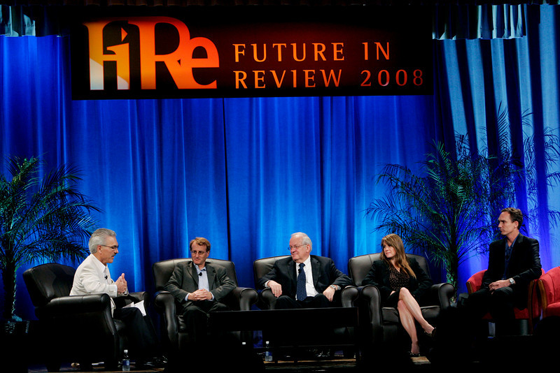 """SNS Project Inkwell: New Steps in Implementing One-to-One Computing"": (L-R) Moderator David Engle, Inkwell Director of Operations (U.S.); Don Helfgott, CEO and Co-Founder, Inspiration Software; Tom Greaves, Chair, The Greaves Group; Jeanette Hammock, CTO, TrueNorthLogic; and John Bower, CEO, uBoost"