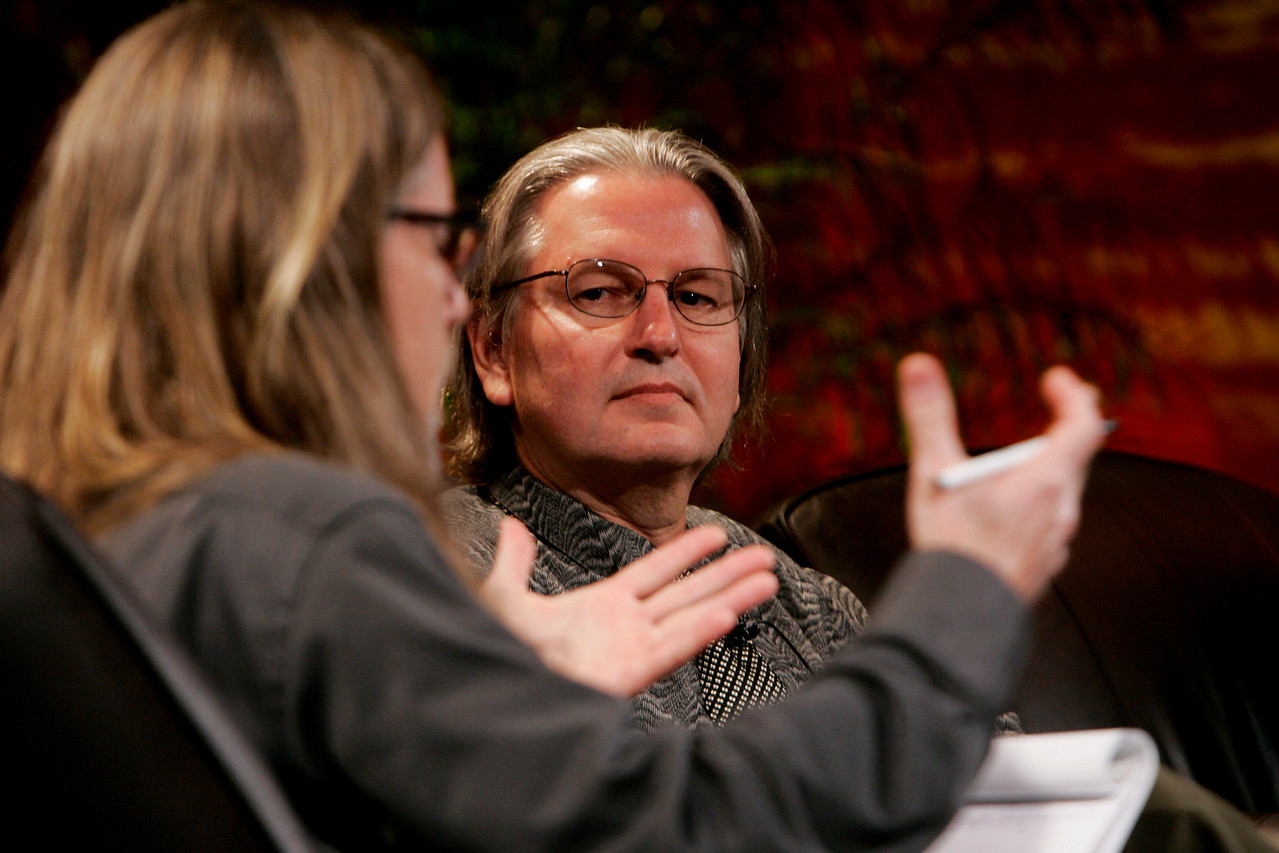 """""""Looking Further"""": Sheldon Brown (L), New Media Arts, Calit2, UCSD, serves as host to science fiction author Bruce Sterling"""