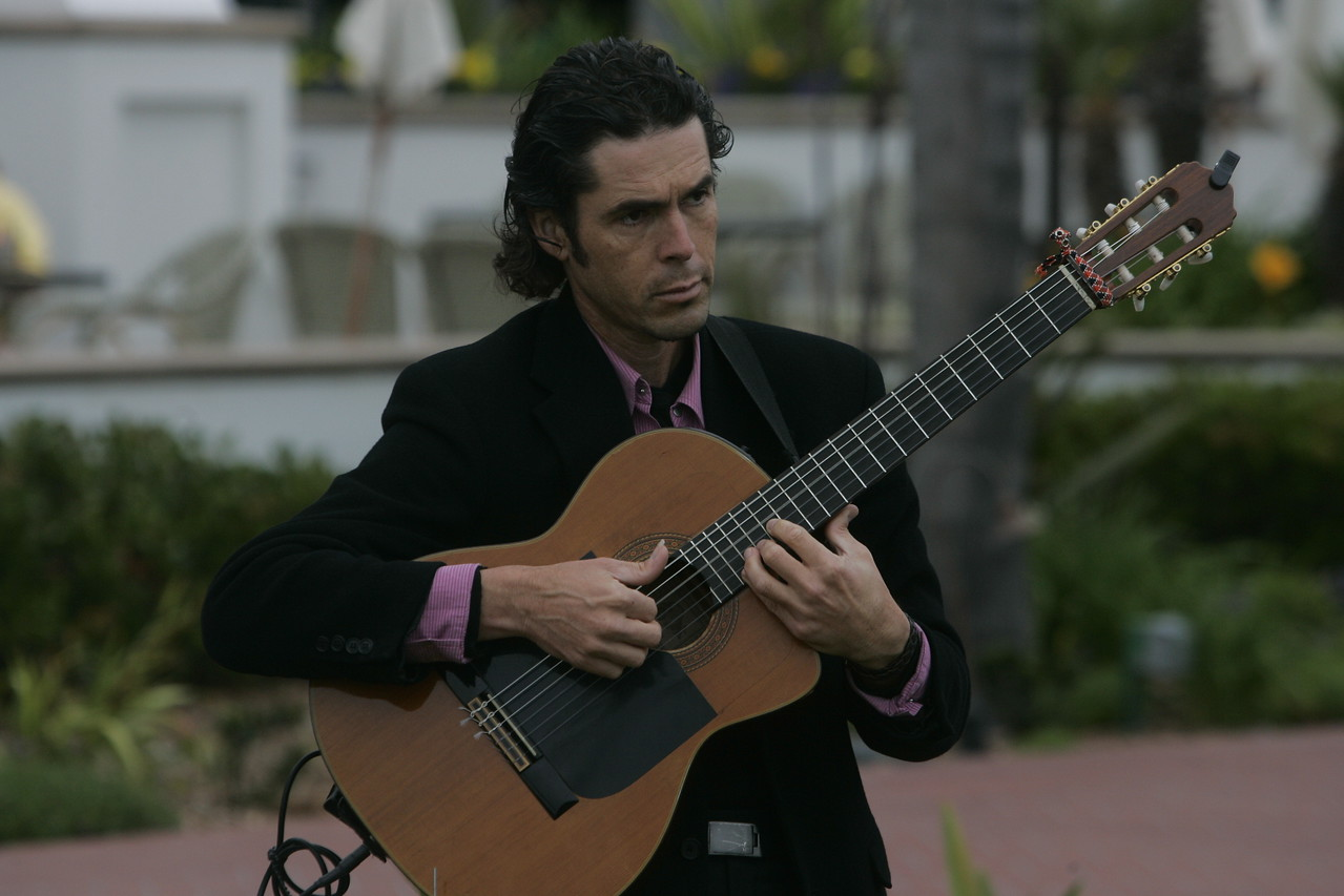 FiRe flamenco guitarist David de Alva