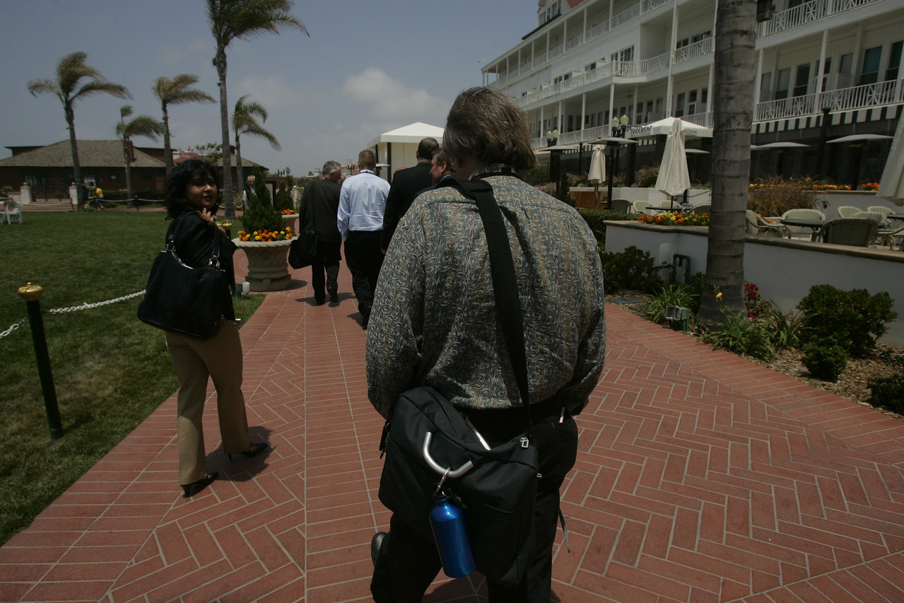 Rear view en route from lunch: Parna Sarkar-Basu (L), Invention Machine Corp.; and renowned sci-fi author Bruce Sterling
