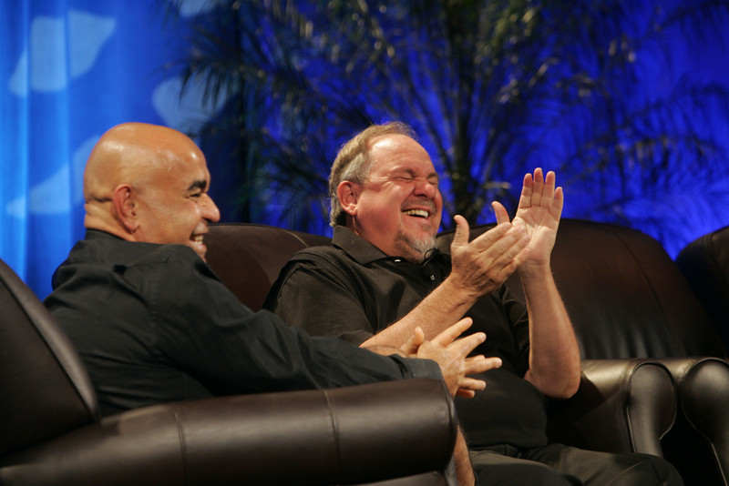 """""""Google's Role in 'Rapid Response to Climate Crisis'"""": Host Kamran Elahian (L), chair of Global Catalyst Partners and of Beceem Communications; and guest Larry Brilliant, executive director, Google.org"""