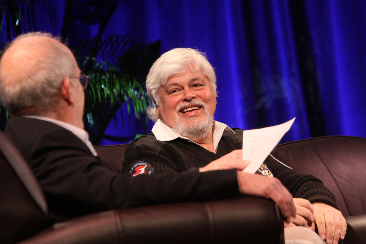 """""""Whale Wars: Filming and Fighting Illegal Whalers in the Antarctic"""": Host Roger Payne (L), Founder and President, Ocean Alliance; and Paul Watson, President and Founder, Sea Shepherd Conservation Society"""