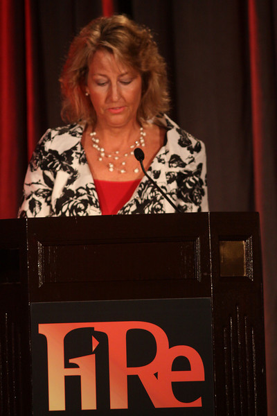 Sharon Anderson-Morris, SNS Programs Director, welcomes this year's FiReStarter and FiReSpotter companies