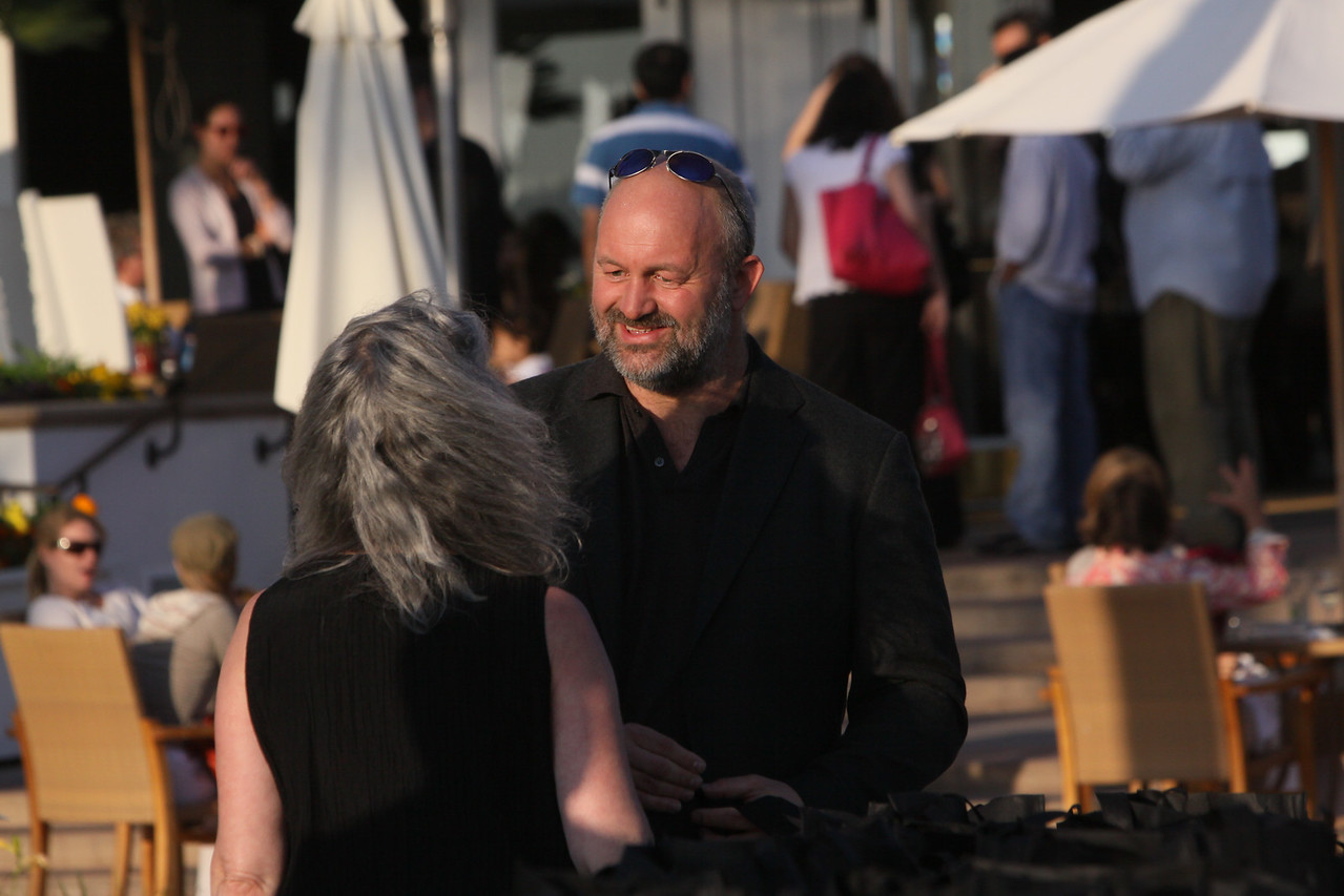Sally Anderson, Editor-in-Chief and Production Manager, SNS; and Werner Vogels, Vice President and CTO, Amazon.com