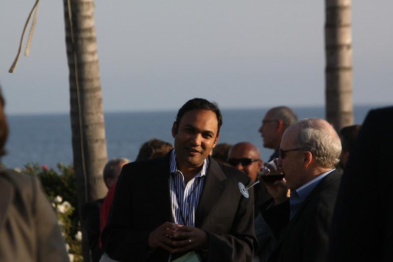 Ravi Chiruvolu (L), Board Director, FiReStarter company Rearden Commerce; with John Hagel, Director and Co-Chair, Deloitte Center for Edge Innovation