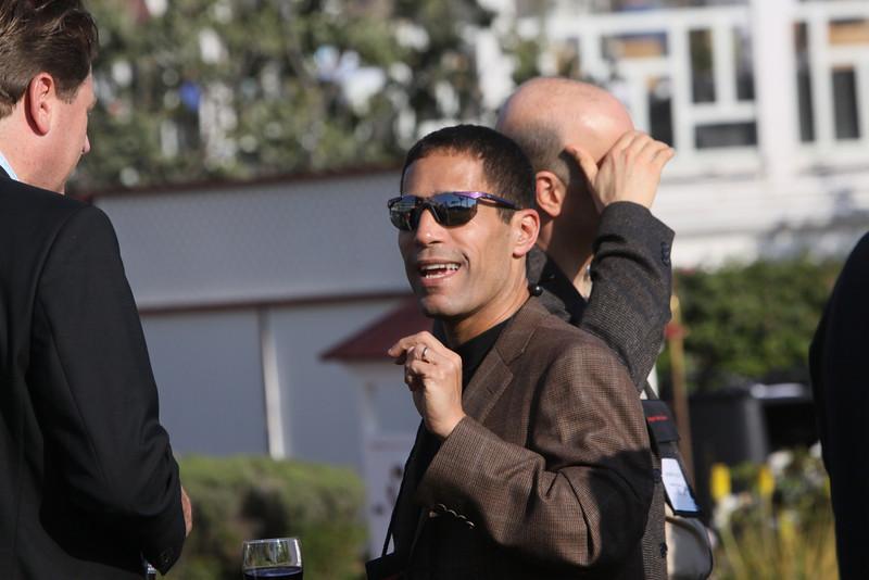 Noam Ziv (center), VP of Engineering, Qualcomm