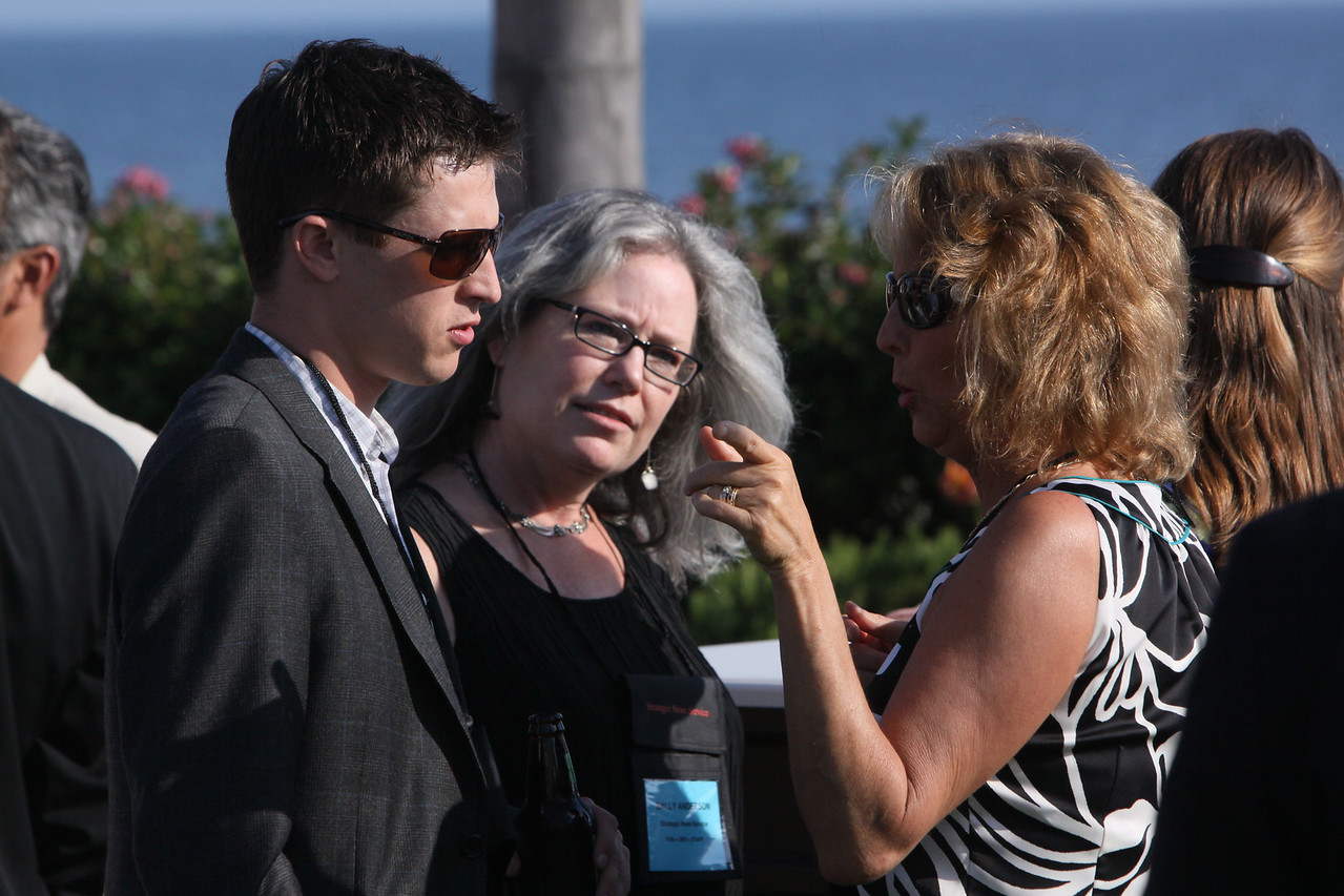 (L-R) Joseph Galante, Technology Reporter, Bloomberg; Sally Anderson, SNS Editor-in-Chief and Production Manager; Sharon Anderson-Morris, SNS Programs Director; and Berit Anderson, FiRe Event Staff