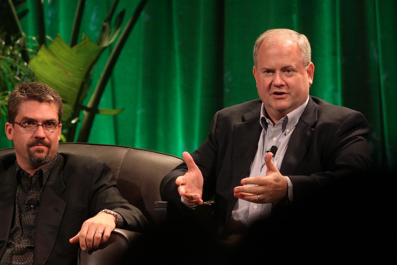 """Trends in Global Venture Investment"": Michael Pfeffer (L), Managing Partner, Kolohala Ventures (Hawaii); and Gary Rieschel, Qiming Venture Partners (Shanghai)"