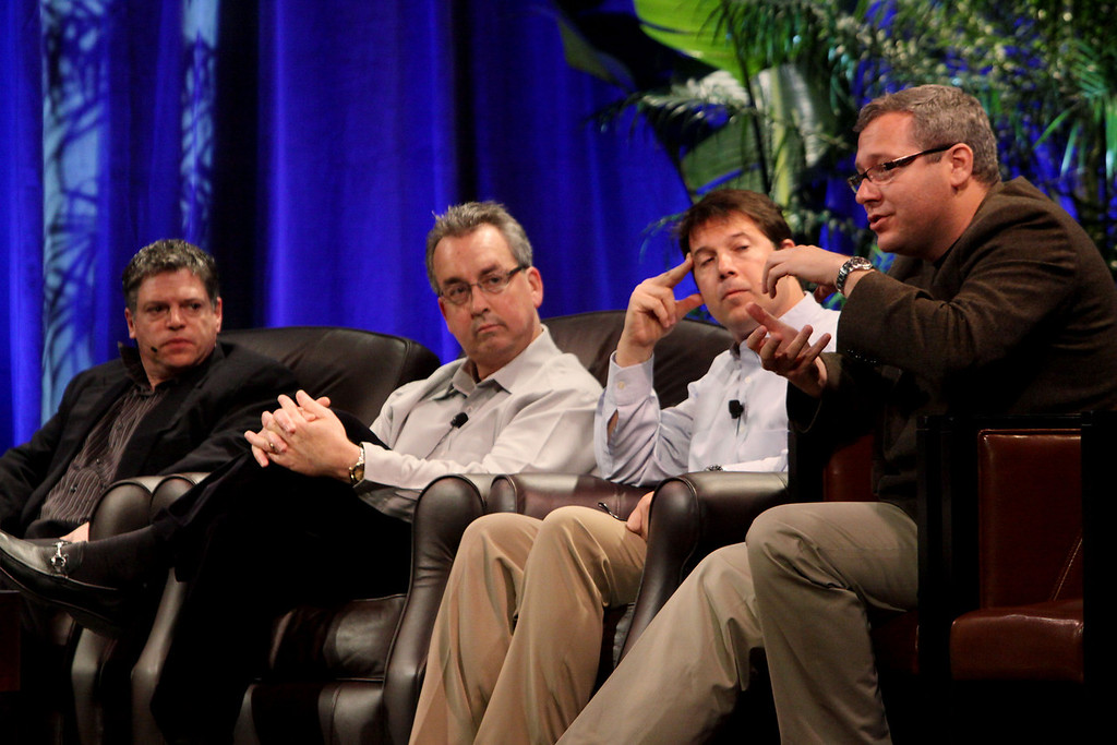 """""""Infrastructure 2.0: The Coming Network Revolution"""": (L-R) Richard Kagan, VP Marketing, Infoblox; Mark Thiele, Director, Business Operations for R&D, VMware; Erik Giesa, VP, Product Management and Product Marketing, F5 Networks; and Doug Gourlay, VP, Data Center Solutions, Cisco"""