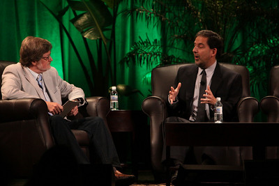 """Finding Solutions to Current Economic Challenges"": Host Scott Foster (L), Sr. Analyst, HSBC Securities (Japan) and Principal, Misaki Research; and Ira Kalish, Director of Global Economics, Deloitte Research"