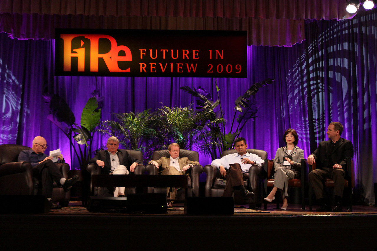 """""""HOTSPOTS II: Five Personal Views of the Future"""": (L-R) Host Stephen Evans (L), Business Daily presenter, BBC World Service; David Morris, President and CEO, EcoVerdance; Jim Butler, GM, Communications Sector, Greater China, Microsoft; and Balan Nair, SVP and CTO, Liberty Global; Connie Wong, CEO, Vidiator; and Joe Burton, VP and CTO, Cisco Systems"""