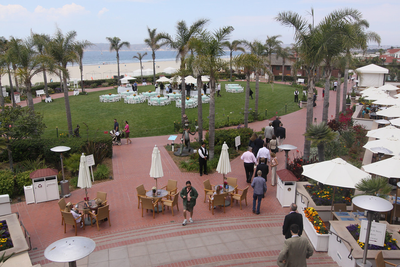 Filing in for buffet lunch on the Windsor Lawn