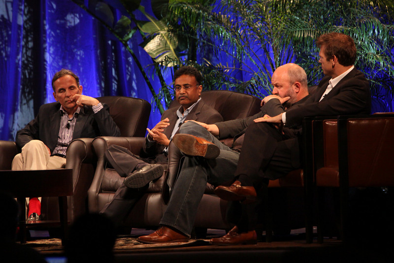 """""""Clouds 2.0: Utility Computing for Consumers and the Enterprise"""": (L-R) Russ Daniels, VP and CTO, Hewlett-Packard; Amitabh Srivastava, SVP, Microsoft; Werner Vogels, CTO and VP, Amazon.com; and Rowan Trollope, SVP, Symantec"""