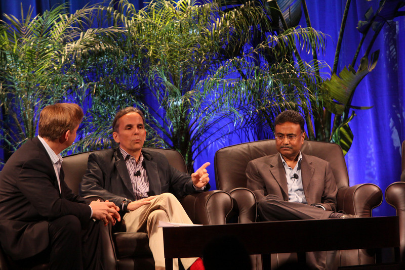 """""""Clouds 2.0: Utility Computing for Consumers and the Enterprise"""": (L-R) Host John Thompson, CEO, Kognitio; Russ Daniels, VP and CTO, Hewlett-Packard; and Amitabh Srivastava, SVP, Microsoft"""