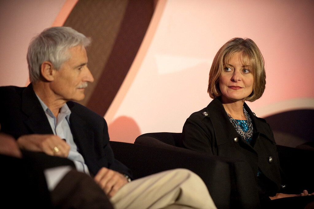 """""""A Revolution in Diagnostics"""": Lee Hartwell, Nobel Laureate and President and Director, Fred Hutchinson Cancer Research Center; and Nancy Stagliano, CytomX Therapeutics"""