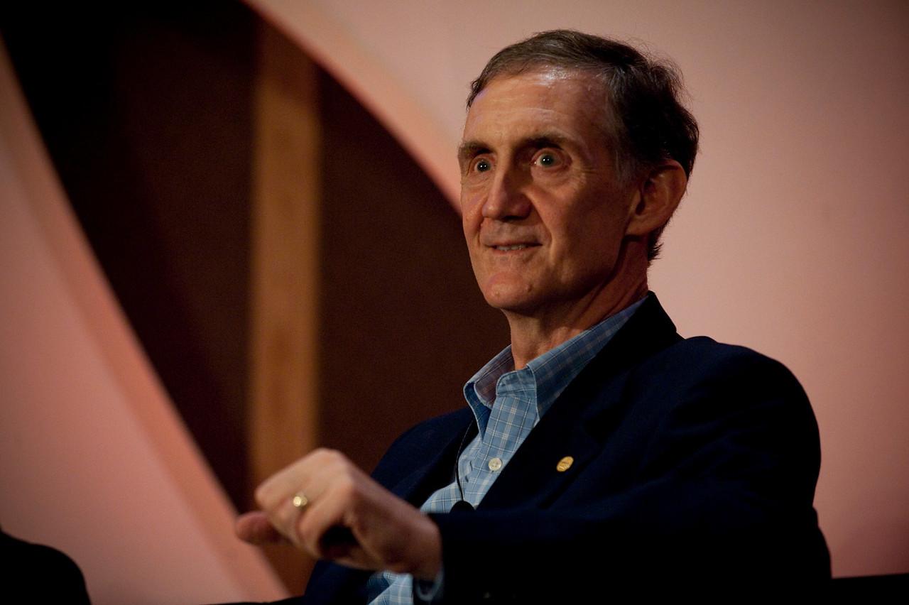"""Broadband Wireless: Solving Tomorrow's Problems"": Host Ed Lazowska, Bill and Melinda Gates Chair in Computer Science, University of Washington"