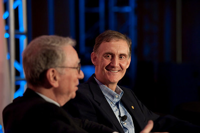 """Broadband Wireless: Solving Tomorrow's Problems"": Irwin Jacobs (L), Co-Founder and Board Member, QUALCOMM; and host Ed Lazowska, Bill and Melinda Gates Chair in Computer Science, University of Washington"