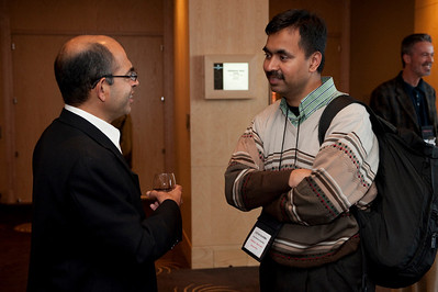 FiReStar Reception: Sailesh Chutani (L), Senior Director, Windows Mobile, Microsoft; and Chetan Sharma, President, Chetan Sharma Consulting; background: consultant Gary Roshak