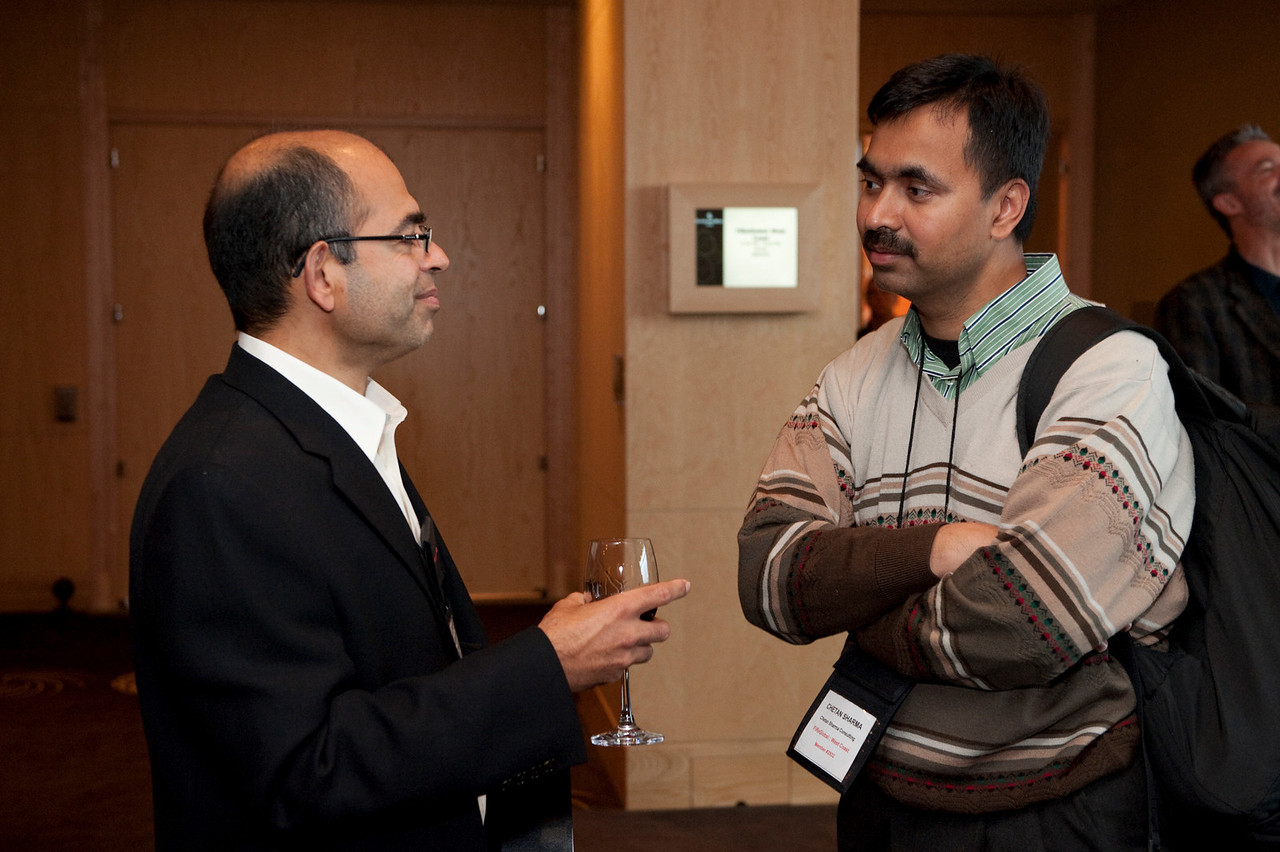 FiReStar Reception: Sailesh Chutani (L), Senior Director, Windows Mobile, Microsoft; and Chetan Sharma, President, Chetan Sharma Consulting