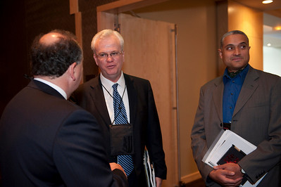 (L-R): Victor Perton, Commissioner to the Americas, Government of Victoria, Australia; Larry Williams, Assistant Director, ITED, Washington State Department of Commerce; and Karl da Gama Campos, Manager, International Business Development, Washington State Department of Commerce