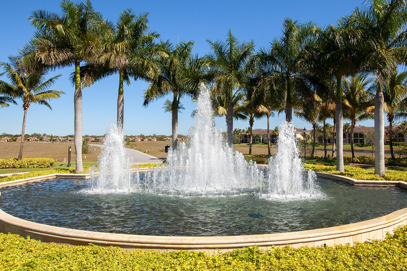 Fiddlers Creek Aviamar Fountain
