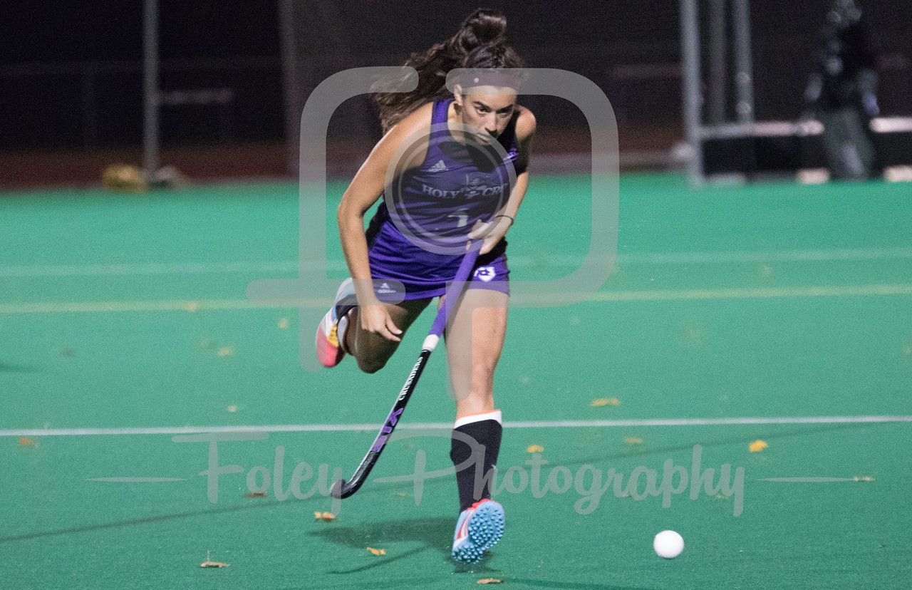 Holy Cross midfielder Lexi Tilton (4)
