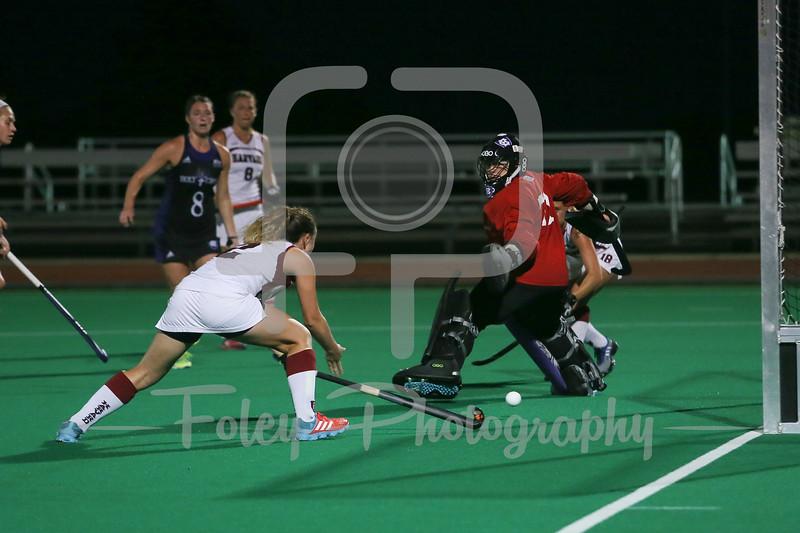 Harvard Crimson forward Maddie Earle (2)