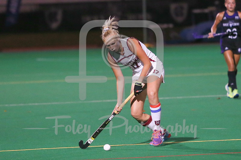 Harvard Crimson midfielder Ellie Cookson (17)